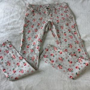 Hot Kiss Floral Skinny Lily Ankle Jeans